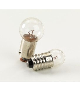 2 spare light bulbs front/rear