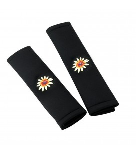 Pair of My Daisy seat belts pads
