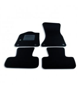 Set custom carpets in carpet for Audi model Q5