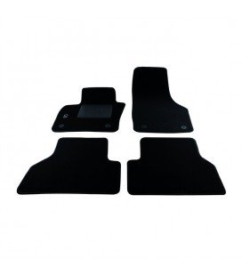 Set custom carpets in carpet for Audi Modello Q3