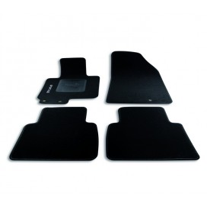 Set tappeti su misura per Kia model Sportage (2010-2015)