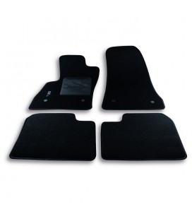 Set custom carpet for Fiat model 500L (from 2012 to today)